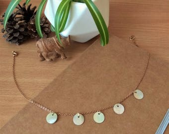 Medals necklace mother of Pearl