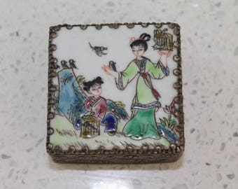Vintage Handpainted Geisha Earring Box with Mirror/ Japanese Art/ Jewellery/ Jewellery Storage/Jewellery Boxes (0025L)