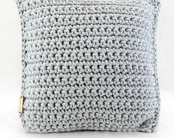 Beautiful cotton cord pillow - light gray crochet pattern