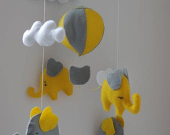 SALE! Nursery mobile Baby mobile elephant Hot air balloon mobile Yellow Gray mobile Nursery decor Elephant cot mobile Baby mobile neutral
