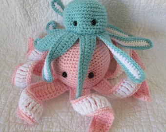 Octopus~mama and baby underwater theme