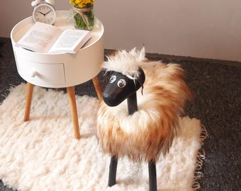Decorative and comfortable Ottoman with natural Sheepskin ! Healthy Sheep !  Modern design, high quality! Different sizes !