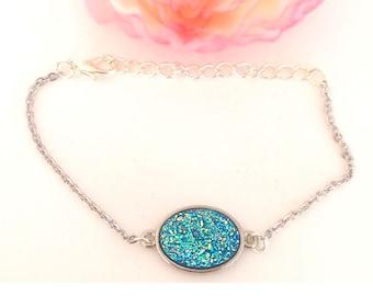 lagoon blue cabochon bracelet