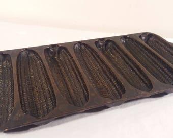 Vintage Cast Iron Corn Bread 7 Ear Corn Mold
