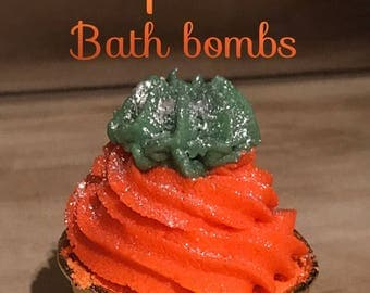 Frosted Pumpkin Bubbly Bath bomb