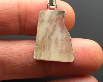 Beautiful  Sterling Silver Libyan Desert Glass Pendant ~ ( 5gm / 25mm )