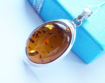 Baltic Amber Necklace, Amber Pendant, Natural Baltic Amber, Amber Jewellery, Amber Gift, Handmade amber, Amber jewelry, amber jewellery uk