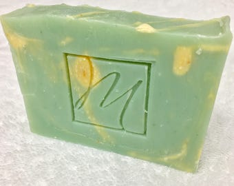 Natural vegan soap, handmade with organic ingredients, jasmine scented with phtalate-free perfume