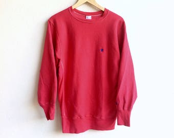 Champion! The Famous CHAMPION small logo sweatshirt red colour large size