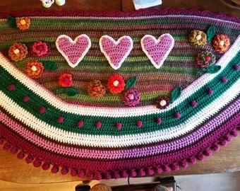 Hearts and flowers shawl, pom pom border