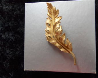 Vintage Coro 1961 Signed Leaf Leaves Gold Tone Brooch Pin #E29