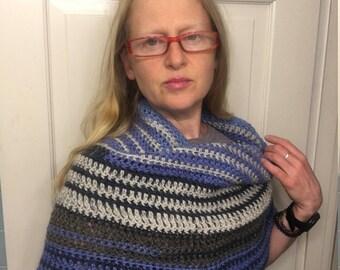 Nordic Girl Striped Cowl Mini Poncho - Blue Tan Crocheted Circle Scarf