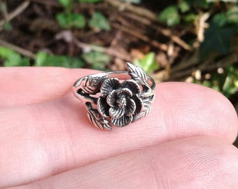 Rose Ring, Solid Sterling Silver Rose Flower with Leaves Ring, Oxidized Rose Ring