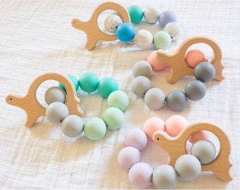 hand held turtle silicone and wood teether