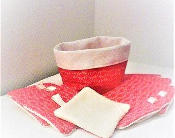 Lingettes  lavables  et panier ,par 10 , tissu japonais rose saumon ,doublées d'éponge , démaquillage et toilette
