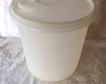 Vintage Tupperware Round Storage Container with Spout 1970s