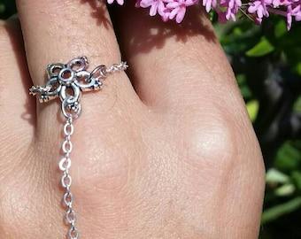 Dainty Flower Hand Chain