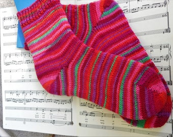Handmade striped socks - Colorful striped socks, hand-cranked, reds and pinks and greens