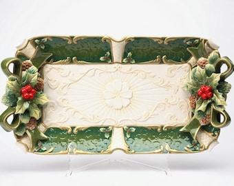 Holly Platter (10302)