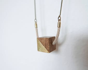 Cubic geometric necklace | Wood cube and brass piece 100% handmade | limited series