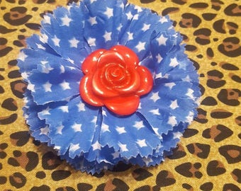 Patriotic Pinup Hair Roses