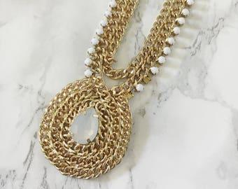 center medellian statement necklace