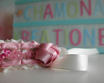 Collar with Ruffles and flowers in pink and cream XS/S/m