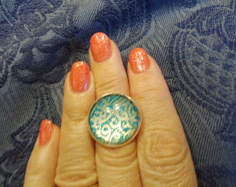 Turquoise and gold glitter ring