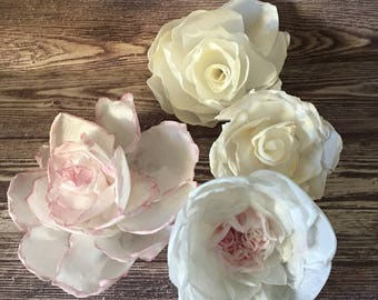 Set of 4 edible wafer paper flowers