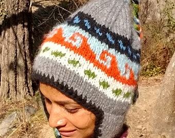 Lined Himalayan woolen hat