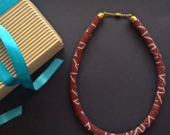 Necklace with a pattern