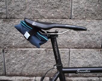 Bicycle Saddle Bag/Tool Roll (Blue/Teal)