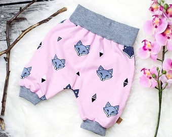 Short baby bloomers * pink with foxes *.