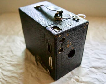 Kodak Eastman Brownie No. 2A Model B Vintage 116mm Film Box Camera
