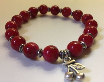 Bracelet red Crackle glass beads