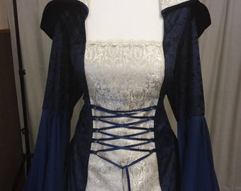 Plus sizes, Renaissance dress, Celtic wedding dress, medieval wedding dress, handfasting dress, hooded dress