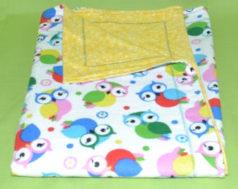 "Extra Large Receiving Blanket (42"" X 30""), Baby Blanket, Yellow and Owls, Flannel, Double Layered Reversible, Self Binding, Gender Neutral"