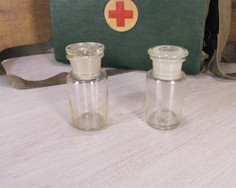 Vintage 2 bottles apothecary, Pharmacy bottles, Glass bottles of pharmacy, Bottles for pharmacy, Bottle with stopper
