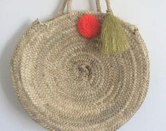 Moroccan round basket with pom-pom and tassel