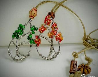 Tear drop wire tree necklace