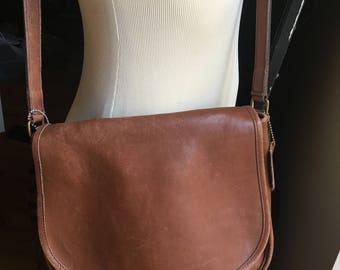 VINTAGE COACH Brown Leather Shoulder Bag wi/ Adjustable Strap