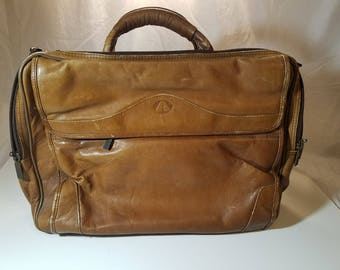 Avenues of America laptop messanger bag brown leather 80s vintage retro