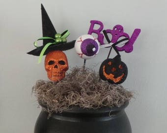 Lighted Halloween centerpiece.