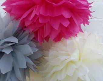 Pack of 10 pom poms / rustic wedding decorations / party decorations / birthdays / home decorations / marquee decorations / rustic wedding