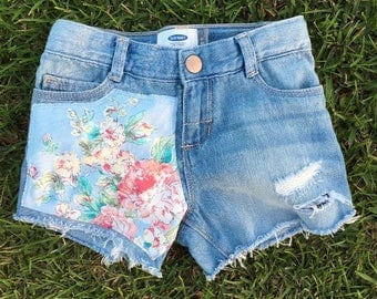 Baby Blue Floral Distressed Denim Shorts {Peony Punch} 4t