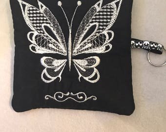 Black/White zippered pouch