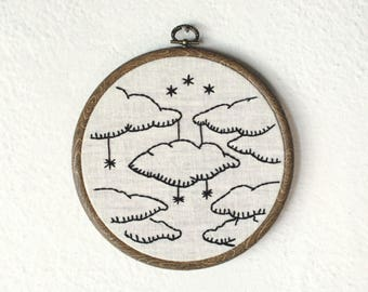 Clouds and stars / Dreamy/ hand embroidery hoop art / wall decor
