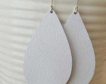 White Leather Earrings/Teardrop