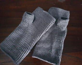 Grey cotton finger-less gloves