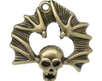 "Pendant ""death head"" of 0, 3 X 3, 8cm"